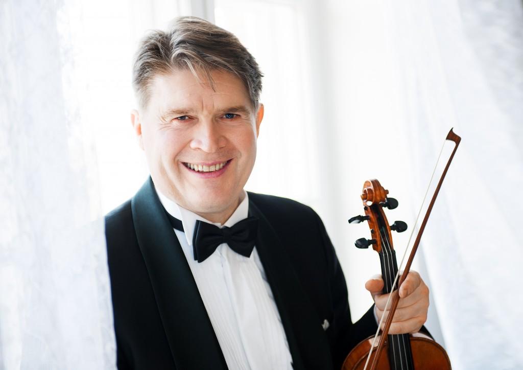 Viulisti Jonas Hirvelä